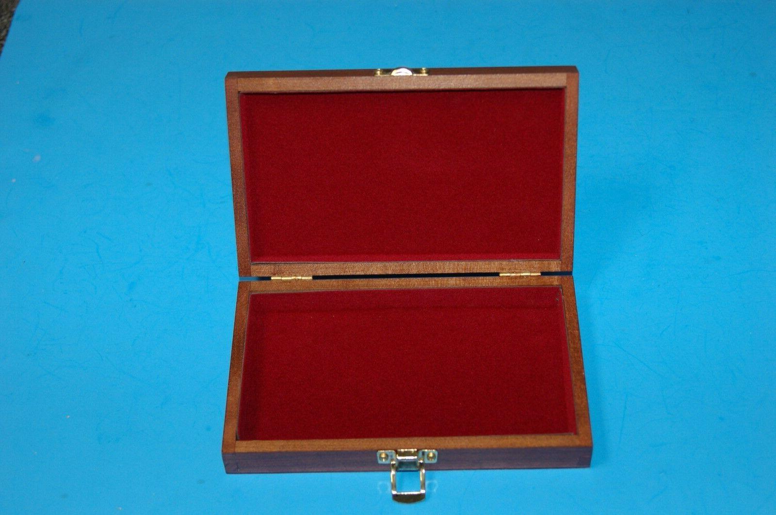 5 Wooden Decorative Jewelry